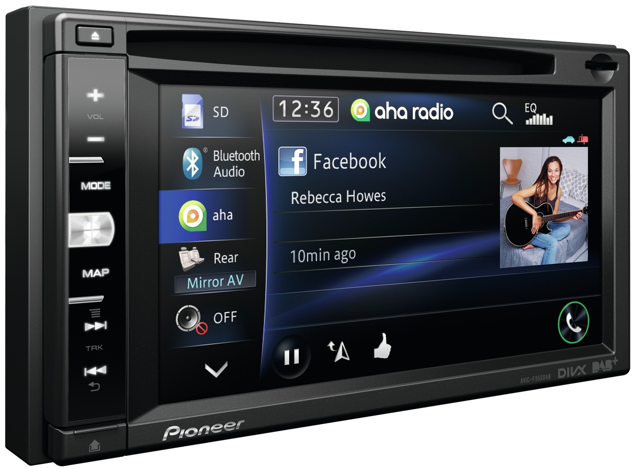 In Dash Navigation System : Pioneer launch high end iphone compatible in dash
